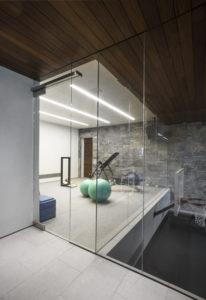 Litle gym glass